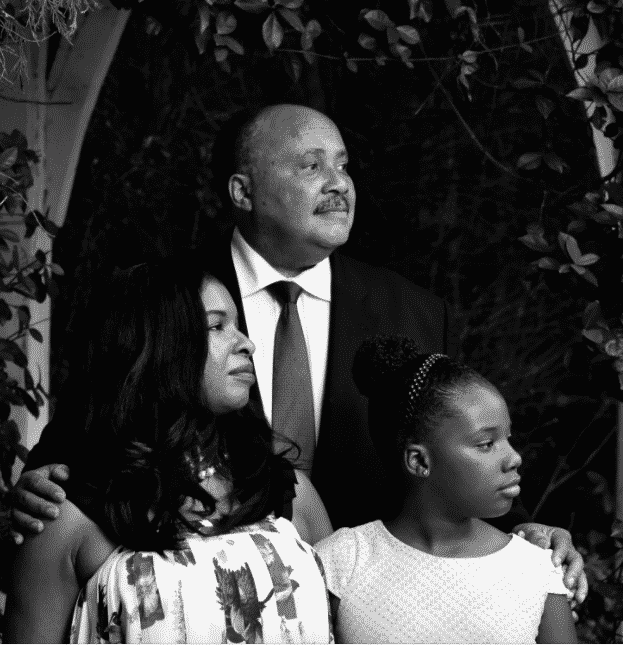 Martin Luther King III, su esposa Arndrea Waters King y su hija Yolanda Renee King
